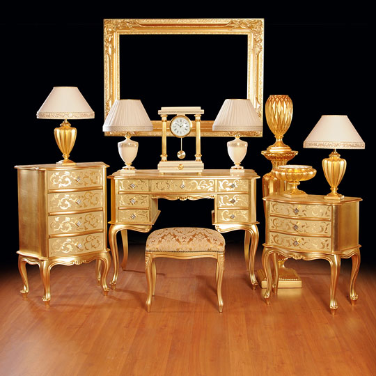 luxurious table lamps and furniture